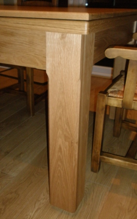 chamferd square natural oak leg