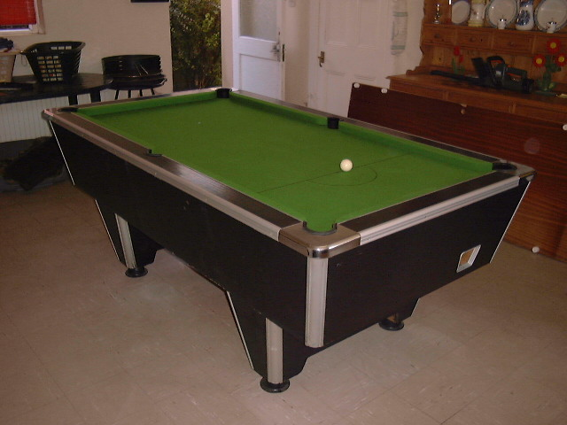 choose any colour cloth and ball combination for your ideal table one piece slate and high rebound cushions standard uk pocket size - Slate Pool Table